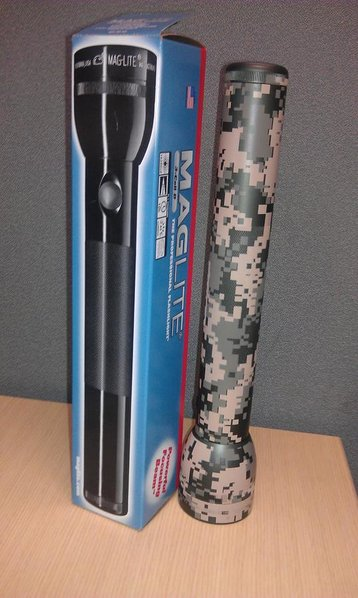 FS - Digital Camo Mag Light .00 shipped-maglight.jpg
