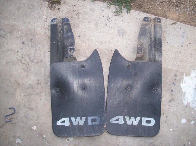 rear mud flaps 95-04 tacoma 4x4 with brackets .00 plus shipping-mudflap-002.jpg