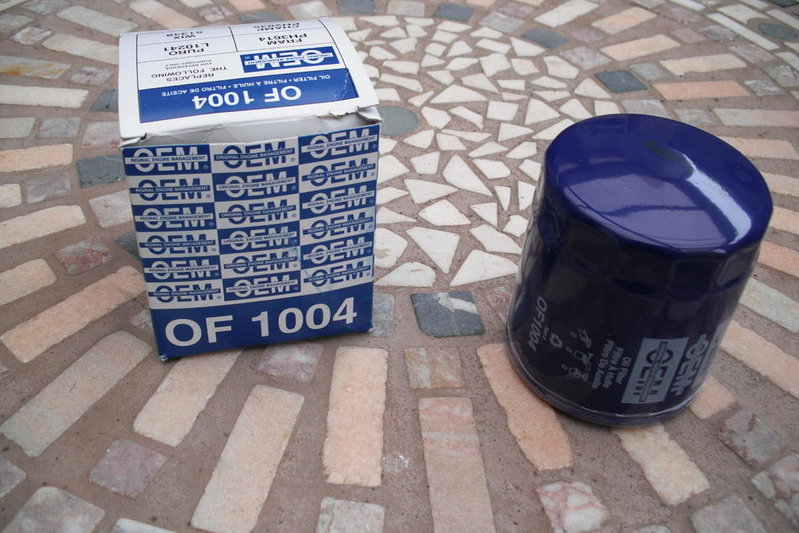 Toyota Oil Filter (Made in Thailand) vs. the competition........-oem-oil-filter-001.jpg