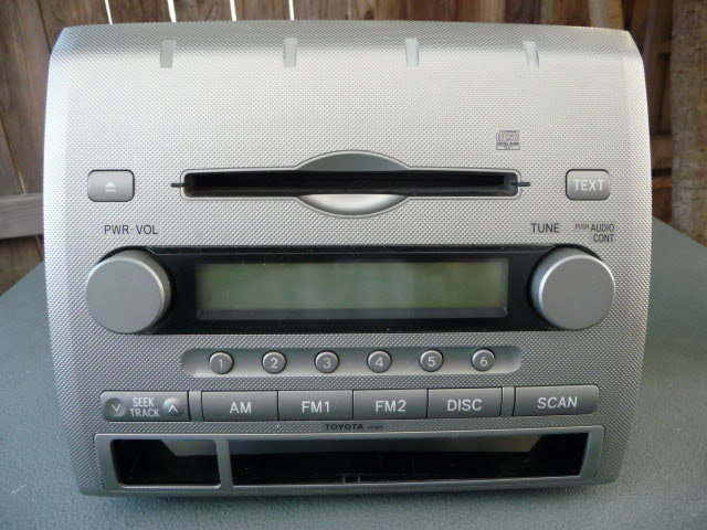 2006 - 2008 OEM Single CD Radio Head Unit non-JBL-p1040535.jpg