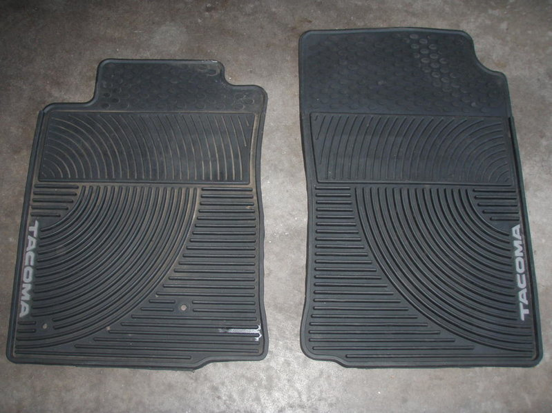 2nd Gen All-Weather Floor Mats-p8140263.jpg