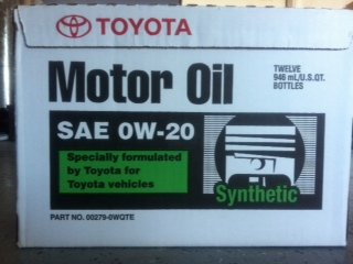 FOR SALE--CASE OF TOYOTA 0W20 SYNTHETIC MOTOR OIL-photo-12-.jpg
