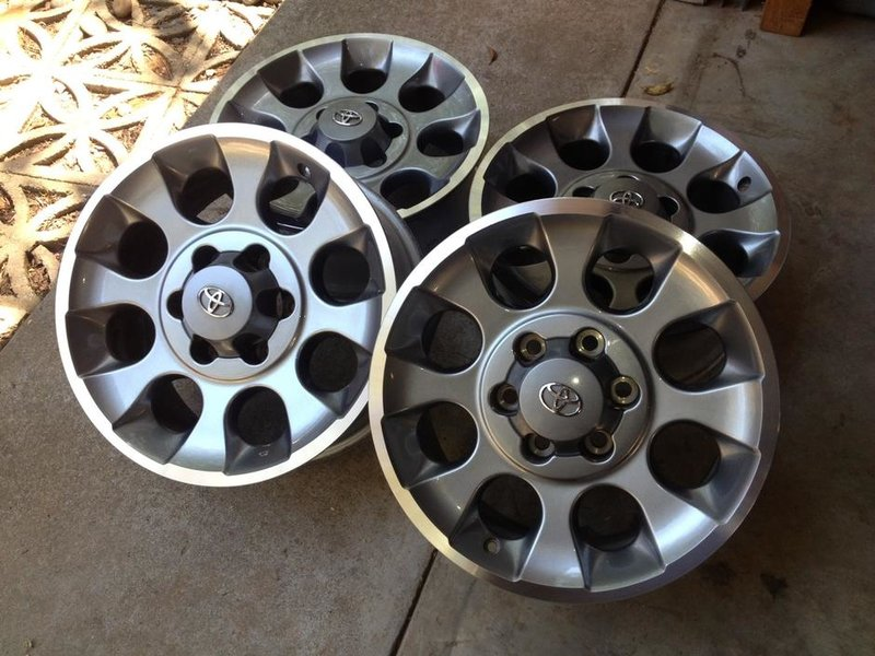 "Toyota Tacoma / FJ Cruiser 17"" Wheels - 0 OBO(Sacramento)-photo-27.jpg"