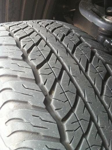 4 Stock Dunlop Grandtrek At20 265/65 17-photo-6-.jpg