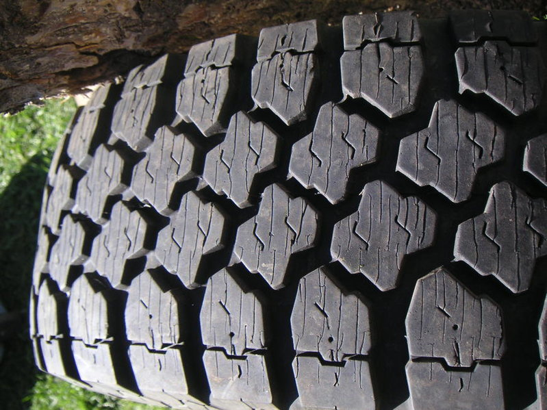 "Kelly Safari MSR 15"" tires in Bozeman, MT-pict0152.jpg"