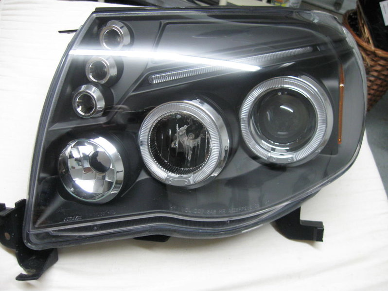 FS:05-09 Black Halo Headlights-picture-003.jpg