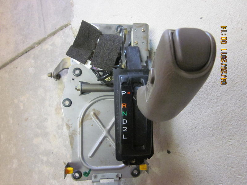 Automatic Transmission with Parts 2004 Tacoma PreRunner-picture-006.jpg