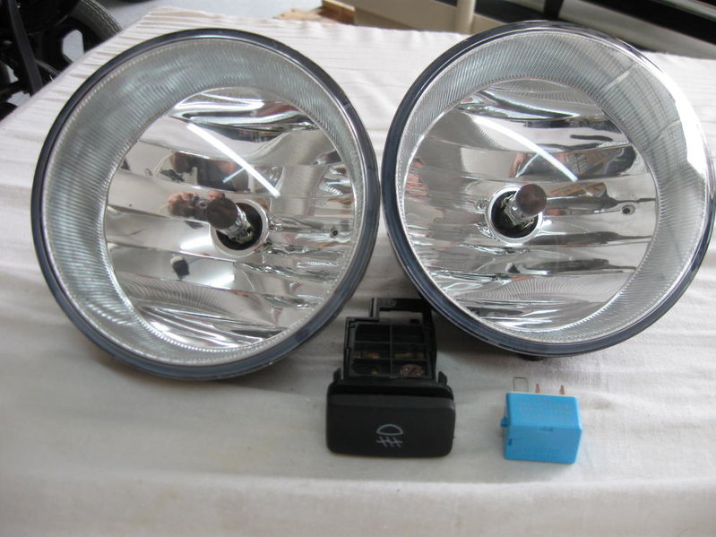 FS:Stock OEM FogLight Kit-picture-009.jpg