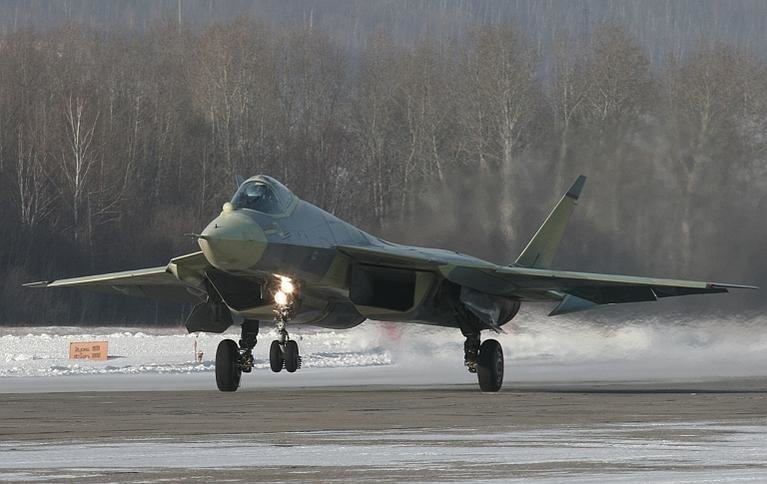 Military Hardware-sukhoi-t-50-pak-fa-first-flight-1s.jpg