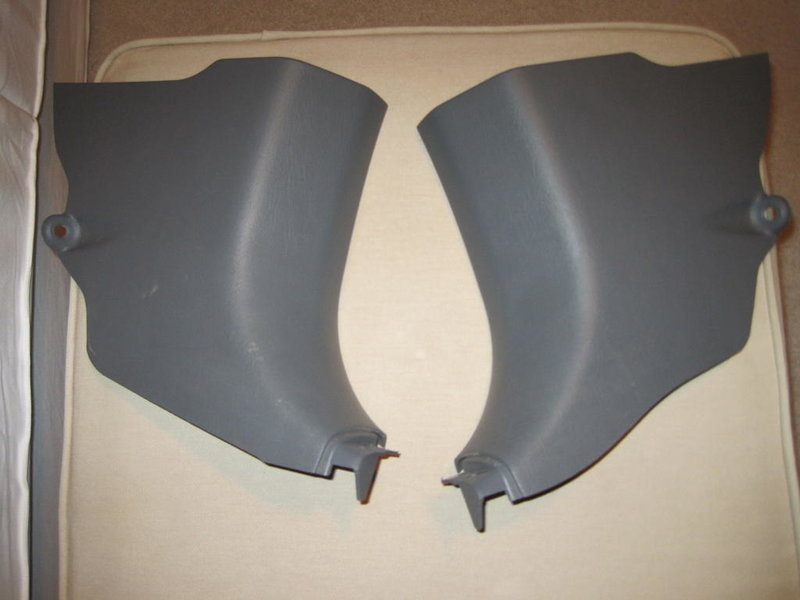 FS:  05+ TRD air filter and grey kick panels-tacoma-kicks.jpg