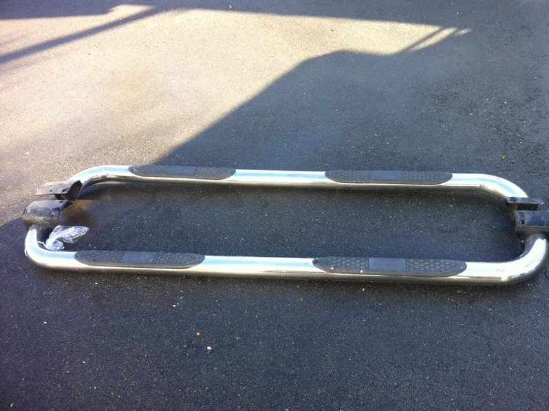 F.S - Tube Running Boards-tacomarunningboards.jpg