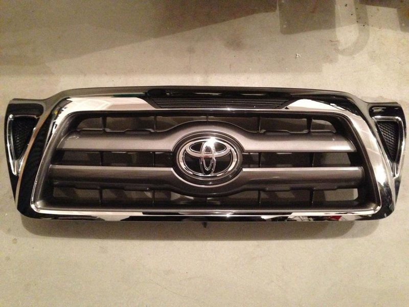 2010 OEM Off Road grille-tail-lights.jpg