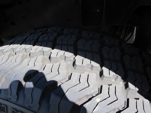 For Sale: Kumho Road Venture AT KL78-tire6.jpg