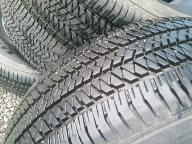 Fs: Bridgestone 265/65r17 factory tires set4-tires.jpg