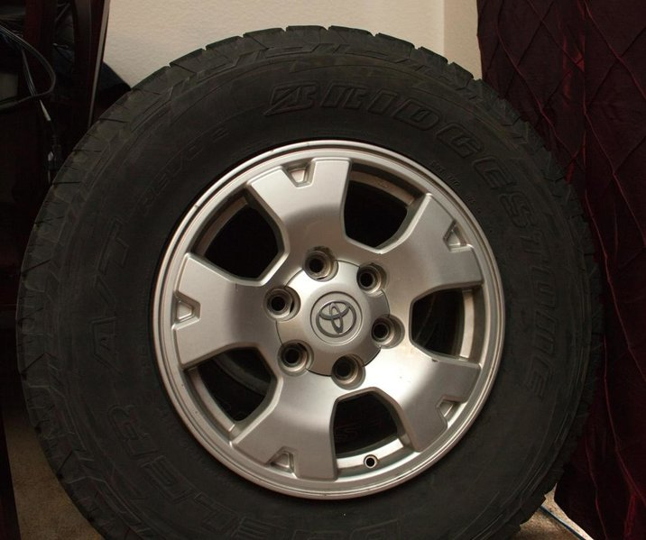 "four -16"" toyota rims with 265/70/16 dueler revo 2-tores-1.jpg"