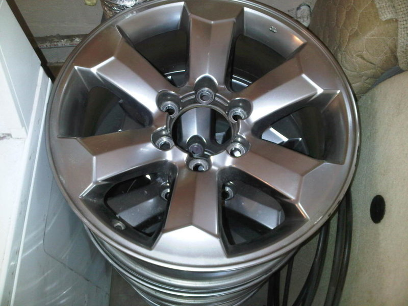 "18"" 4runner Sport wheels-wheel.jpg"