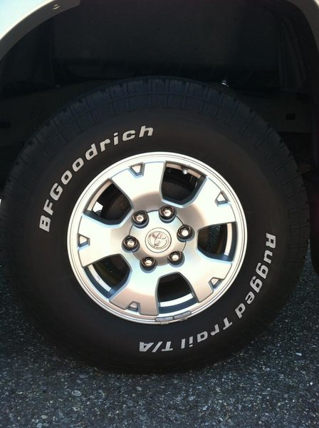 FS: OEM Wheels, BFG 265/70/16 Tires, Sensors-wheel-tire.jpg