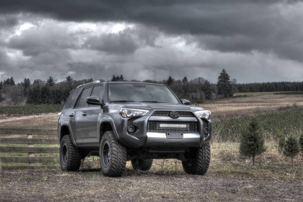 rigid industries 2014 4runner led grille tacoma world. Black Bedroom Furniture Sets. Home Design Ideas