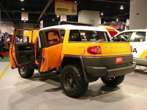 2007_FJ_Cruiser_Soft_Top_Concept