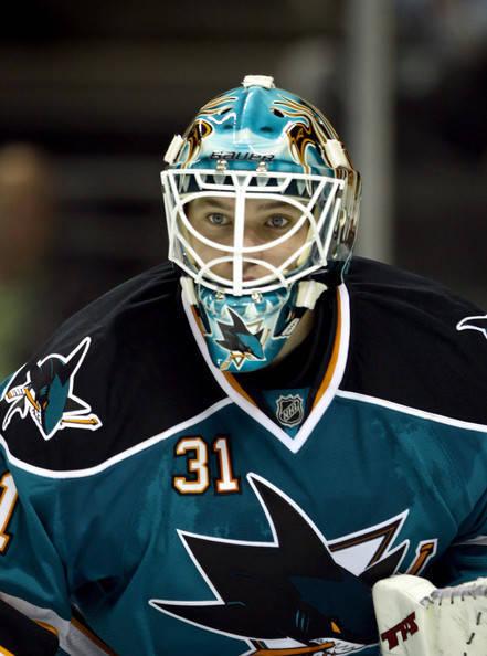 Antti_Niemi_Anaheim_Ducks_v_San_Jose_Sharks_TE-B5V0JMOwl