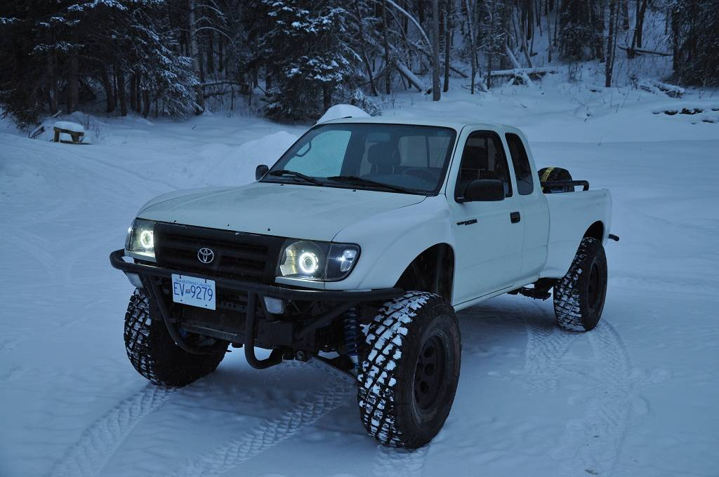 1st Gen Tacomas With Hid Lights Pictures Please Tacoma