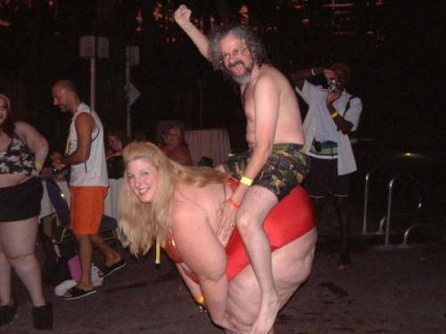 Drunk_man_and_Fat_Lady-s500x375-320780