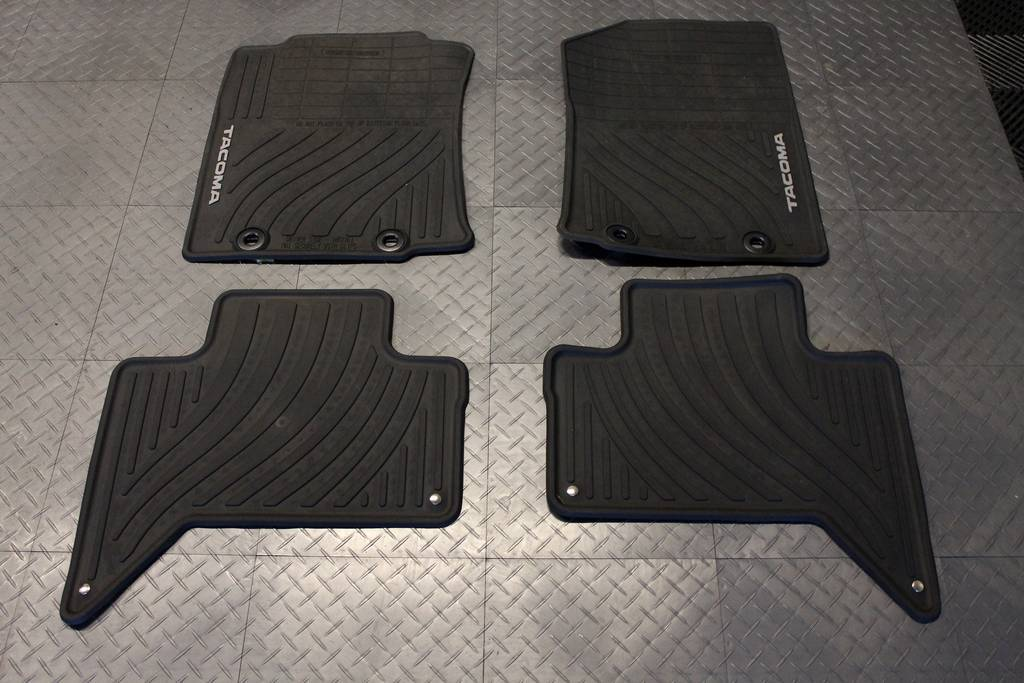 floor mats for tacoma gurus floor. Black Bedroom Furniture Sets. Home Design Ideas