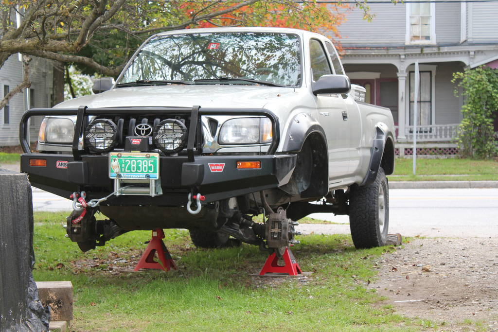 how to use jack stands properly