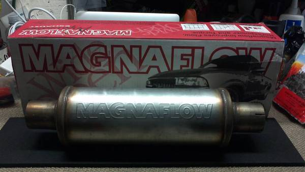 Magnaflow 17115 Muffler