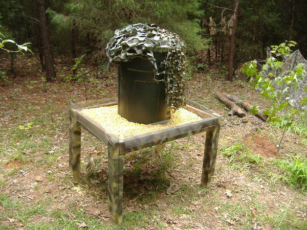 Gallery for homemade automatic deer feeders for Homemade deer feeders pvc pipe
