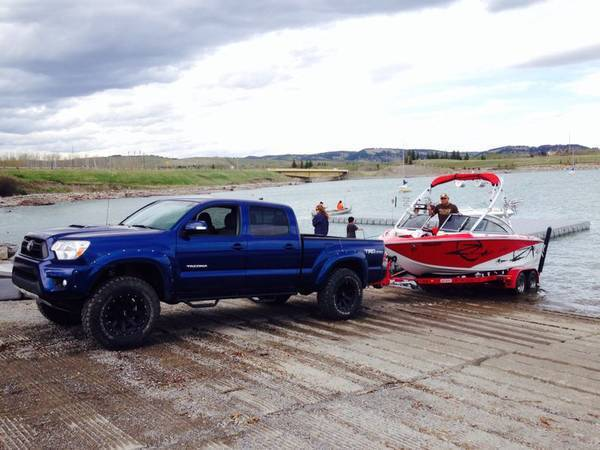 dinghy towing toyota tacoma autos post. Black Bedroom Furniture Sets. Home Design Ideas