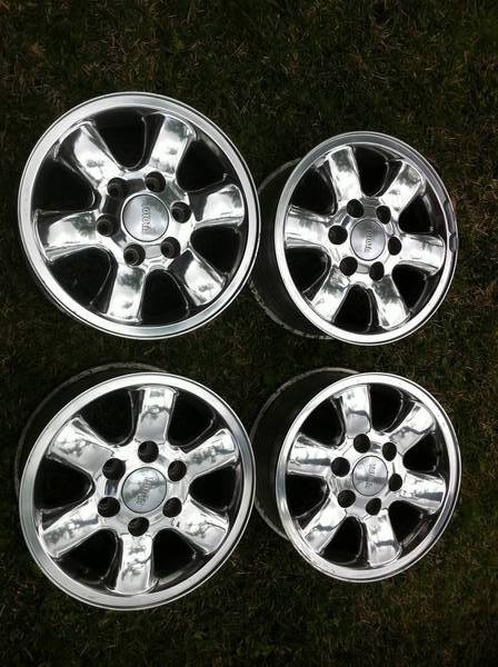 "16"" OEM CHROME WHEELS FOR SALE"