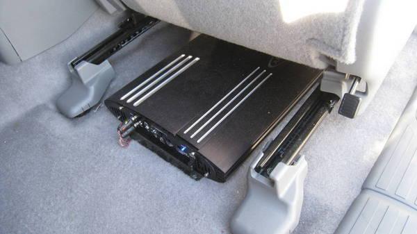 Speaker Amp Mounting