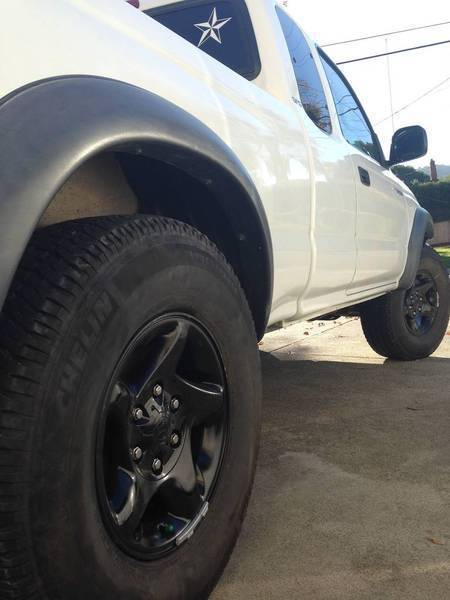 stock 2004 toyota tacoma trd rims painted black tacoma world. Black Bedroom Furniture Sets. Home Design Ideas