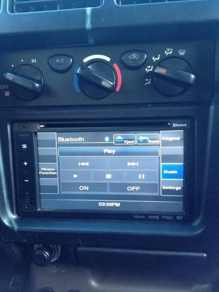Clarion VX400 installed