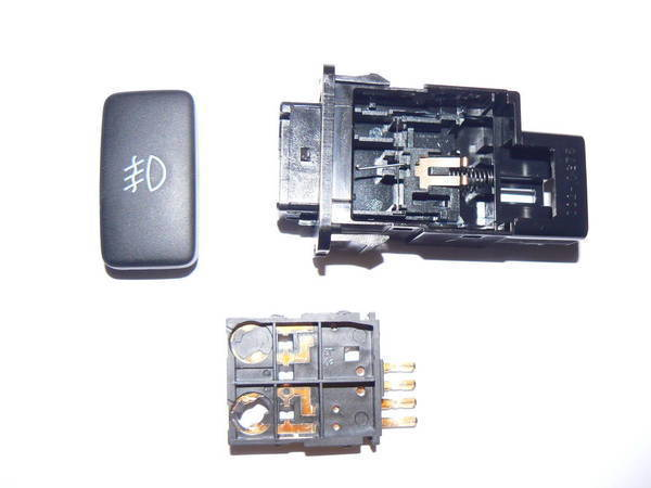P1090415 need input on fog light switch mod replmnt tacoma world toyota tacoma fog light switch wiring diagram at edmiracle.co
