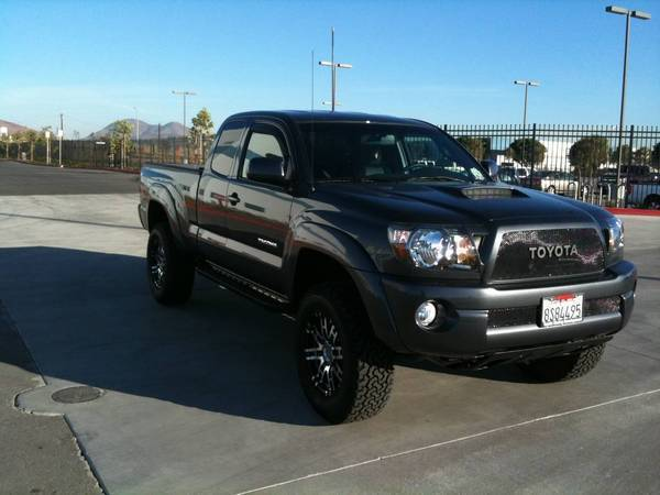 225111 Bed Rail Cb Antenna Install furthermore 123131 2003 Toyota Body Armor furthermore 64623 Bed Light Bar together with 51261 Mag Grey 2010 A moreover 53587 Lifted 2010 Access Cab. on toyota ta a cb radio antenna mount