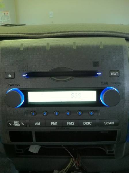 Silver face blue and white LEDs radio mod