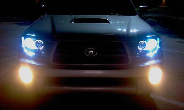 Discussion toyota tacoma led halo projector headlights black this is the final product let me know what you guys think i added blue parking lights and putco yellow halogen fog lights swarovskicordoba Images