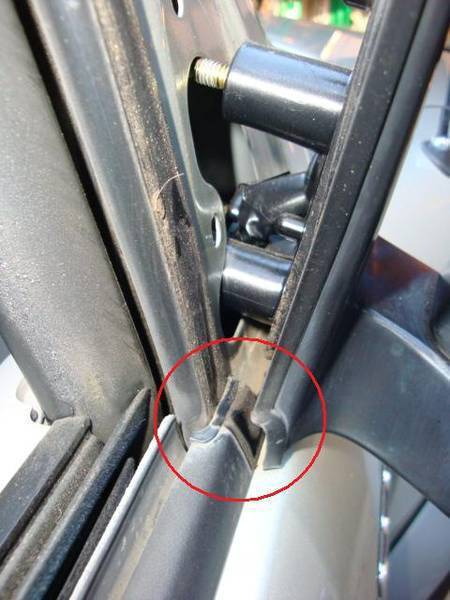 Simple how to fix that crappy door trim tacoma world for 2001 corolla window motor replacement