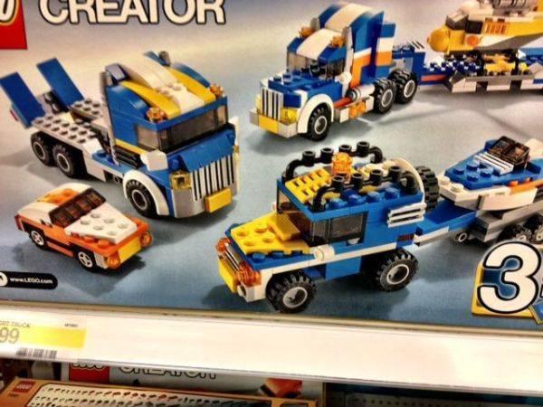Lego FGhey in Speedghey blue.