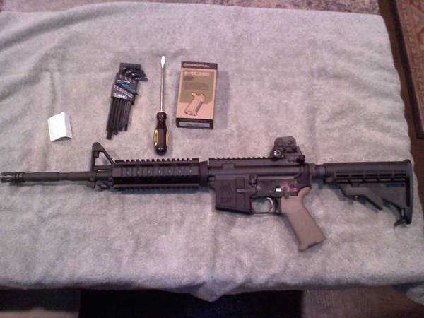 Putting together my first dedicated .22LR....Spikes Tactical lower..dedicat