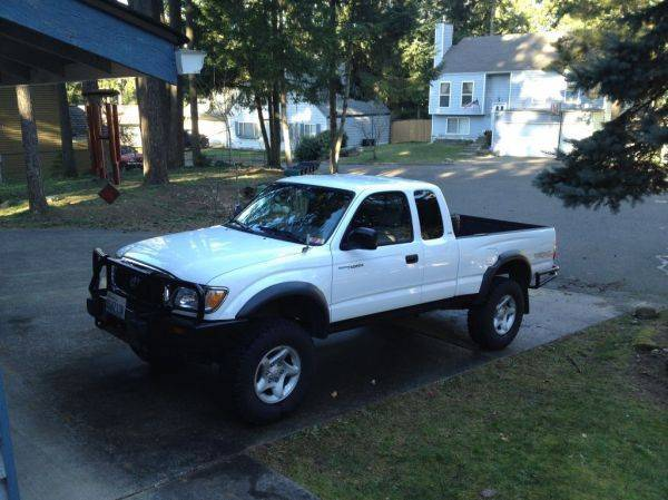 For Sale White 2003 Toyota Tacoma Trd 4x4 Xtracab