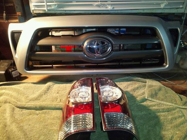 For Sale 2009 Silver Grille & OEM Led Taillights Each are $150 obo plus
