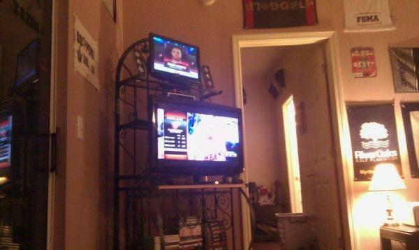 Dual tv's ftw