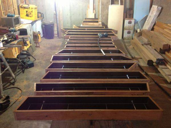 16 sill forms ready to pour / 18V cordless BGR