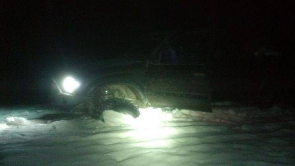 2Am. Made it about 4 miles from camp. On way out after giving up, slid off