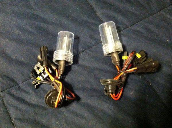 Slim cubby or ddm tuning (can't remember) h10 hid bulbs. FREE just pay
