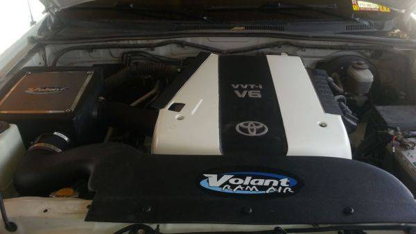 Installed Volant intake with air scoop.