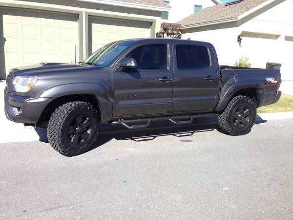 pics of non-lifted trucks with 265/70/17 or 265/75/16 size ...